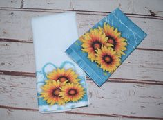 Sunflower White Kitchen Rustic towels set~ Bee Kind Jar with Flowers waffle towel  ~ Housewarming Hostess Gift ~ Decorative Kitchen Towels Decorative Hand Towels, Baby Boy Bibs, Bee Gifts, Kitchen Rustic, Hand Towel Sets, Terry Towel, Different Flowers, Gifts For New Moms, Kitchen Towels