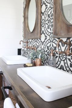 Function and decor in one - Master Bathroom Renovation- How to achieve a farmhouse style bathroom- farmhouse style- bathroom- remodeled bathroom- farmhouse bathroom- cement tile- copper accents- farmhouse style- bathroom update- bathroom reveal- bath Bad Inspiration, Bathroom Inspiration, Bad Styling, Bathroom Tile Designs, Bathroom Ideas, Bathroom Makeovers, Simple Bathroom, Bathroom Organization, Bathroom Storage