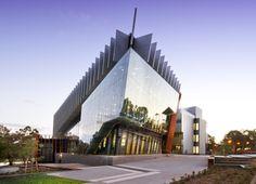 Deakin University in Australia by Reach Architects