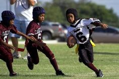 How to Teach Your Child to be a Team Player - FirstDown PlayBook Youth Football, Flag Football, Football Program, School Football, Team Mom, A Team, Sports Mom, Team Player, Athlete