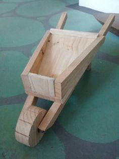 Carriola de madeira