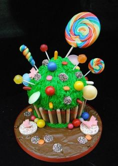 candy giant cupcake