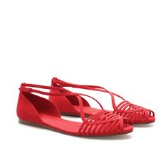 Zara - FLAT SANDALS WITH STRAPS  Very cute!