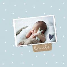 Blauw geboortekaartje met witte stippen en een eigen foto