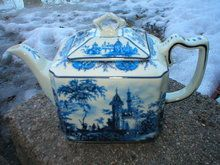 PORCELAIN UNIQUE SQUARE TEAPOT BLUE OLD WORLD DESIGN T