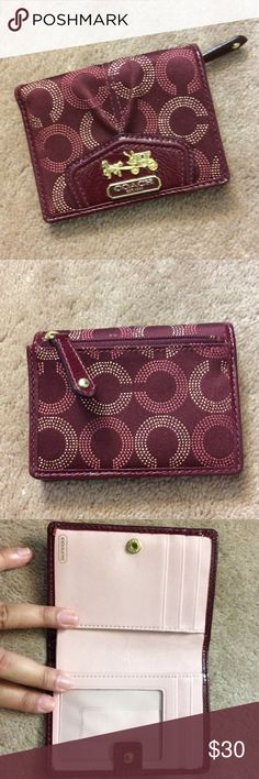 Coach Bi-Fold Wallet Authentic Bi-Fold Coach Signature Logo Wallet- Gold Carriage Coach Emblem - 3 CC Slots - money slot - zippered coin pocket on back - no rips, tears, or stains - hardly used Coach Bags Wallets