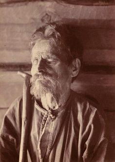 Слепой рунопевец Мийхкали Перттунен. Автор фото И.К.Инха, 1894г.
