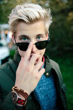 Cheap Ray Ban Sunglasses Sale, Ray Ban Outlet Online Store : - Lens Types Frame Types Collections Shop By Model Sunglasses Store, Ray Ban Sunglasses Outlet, Ray Ban Outlet, Cheap Sunglasses, Sunglasses 2016, Gents Fashion, Teen Fashion, Fashion Tips, Fashion Trends