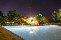 SWIMMING POOL BY NIGHT www.villamaria.tv #gardasee #desenzano #gardalake