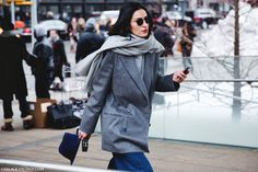 New_York_Fashion_Week-Street_Style-Fall_Winter-2015-Grey_Blazer-Hat-Jeans- by collagevintageblog, via Flickr