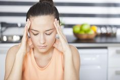 Ashwagandha, el remedio natural y ayurvédico para reducir el estrés | Soy como como Instant Migraine Relief, Anti Migraine, Migraine Pain, Imbalanced Hormones, Slow Down Metabolism, Headache Medicine, Vicks Vapor Rub, Lose Inches, Cardio Routine