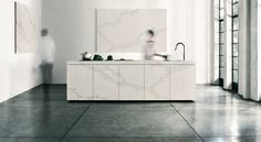 Be inspired by images of Caesarstone in various kitchens applications, from backsplashes to countertops. Caesarstone is tough enough to handle the wear-and-tear risks of high traffic interior spaces and beautiful enough to complement any design scheme. Furniture, Kitchen Interior, Interior, Countertop Design, Home Decor, Calacatta Nuvo, Kitchen Gallery, Interior Design, Kitchen Design