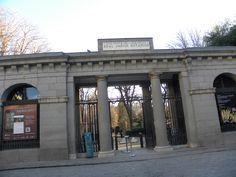 Entrada al Jardín botánico de Madrid.