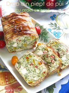 » Drob din piept de pui cu ardei coloratiCulorile din Farfurie Amazing Food Decoration, Mini Appetizers, Good Food, Yummy Food, Romanian Food, Cooking Recipes, Healthy Recipes, Hungarian Recipes, Halloween Food For Party