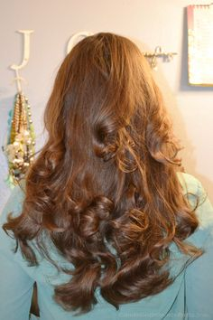 No heat overnight curls using three tube tocks. Takes 15 minutes all together to get these Hollywood glam curls. Clementinebean.wordpress.com
