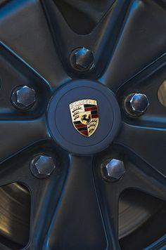 1980 Porsche 911SC Targa Wheel Emblem - Jill Reger