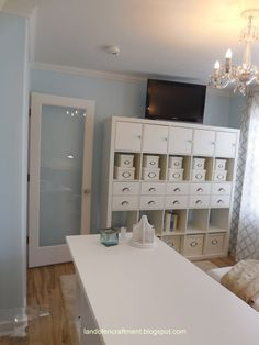 Printer Projects New York Code: 6995658218 Sewing Room Design, Craft Room Design, Sewing Rooms, Scrapbook Room Organization, Craft Organization, Home Command Center, Buy My House, Craft Room Storage, Craft Rooms
