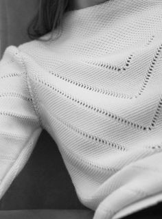 Molli | Winter pointelle knit sweatshirt | 100% extra-fine pure new wool.