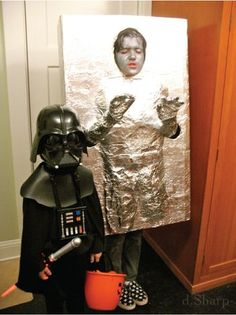 this Halloween. C as Darth and M as Hans Solo frozen in carbonite. Holidays Halloween, Halloween Kids, Halloween Decorations, Halloween Costumes, Disney Costumes, Halloween Cosplay, Han Solo Frozen, Han Solo Costume, Fantasias Halloween