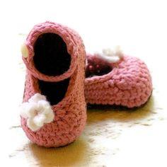 Crochet Patterns  PDF  My Oh My Mary Janes di TwoGirlsPatterns, $5,50