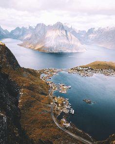 wanderthewood:  Lofoten Norway by Alex Strohl