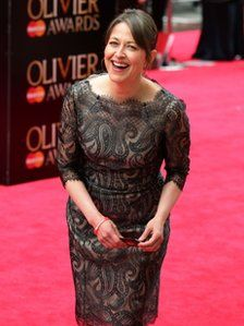 Dame Helen Mirren is crowned best actress again for playing the Queen at a Laurence Olivier Awards dominated by murder mystery The Curious Incident of the Dog in the Night-Time. Peter Firth, Nicola Walker, Sarah Lancashire, Last Tango, Dame Helen, Middle Aged Women, Helen Mirren, Aging Gracefully, Best Actress
