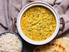 Indian Vegetarian Dishes, Indian Food Recipes, Ethnic Recipes, Bean Recipes, Curry Recipes, Healthy Recipes, Cilantro Chutney, Food Lab, Chickpea Curry