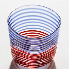 Carlo Moretti 997.43 Wasserglas mit orange-blauem Spiralen-Dekor | Serie Bora | Mundgeblasen und mit der Hand weiterverarbeitet | Handgefertigtes Murano Glas aus Italien: Amazon.de: Küche & Haushalt