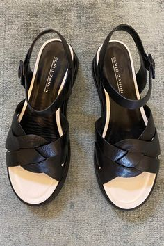 Wallace Rose imported Elvio Zannon 'Camelia' black moulded flatform plaited front sandal with contrast white leather lining. Plaits, White Leather, Contrast, Wedges, Sandals, Rose, Summer, Collection, Black