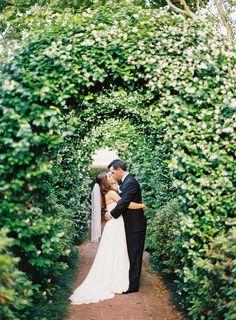 Romantic garden wedding: http://www.stylemepretty.com/little-black-book-blog/2015/08/21/elegant-romantic-houston-garden-wedding/ | Photography: Mint Photography - http://mymintphotography.com/