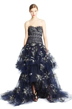 Oscar de la Renta, pre-autumn/winter 2015 fashion collection