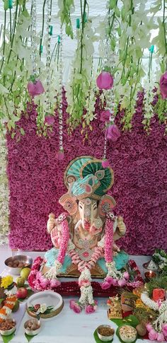 Make this Ganesha Chathurthi 2020 special with rituals and ceremonies. Lord Ganesha is a powerful god that removes Hurdles, grants Wealth, Knowledge & Wisdom. Gauri Decoration, Mandir Decoration, Ganapati Decoration, Flower Decoration For Ganpati, Ganpati Decoration Design, Backdrop Decorations, Flower Decorations, Ganesha Pictures, Ganesh Images