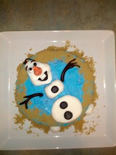 Frozen Olaf cake- floatin' in Summer. Ramsey's finished cake!