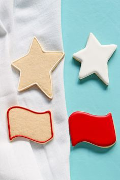 How to Make an American Flag Cookie Platter in 2 Simple Steps   The Bearfoot Baker