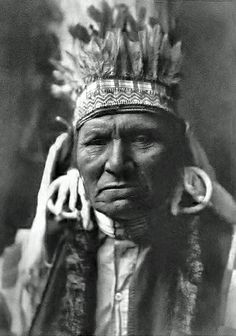 "Yellow Bull - Nez Perce : ""His son Walaituts was one of the three men who murdered the first white settlers in this (1877) conflict. "" By Edward S. Curtis, 1905. (Cropped / Photoshopped)"