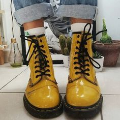 o ``, - Hübsche Klamotten - Zapatos Ideas Sock Shoes, Cute Shoes, Me Too Shoes, Shoe Boots, Shoes Boots Combat, Ankle Shoes, Calf Boots, Shoes Heels, Dr. Martens