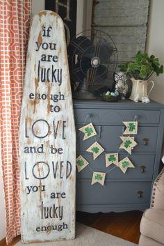 mycreativedays: DIY Vintage Ironing Board Sign