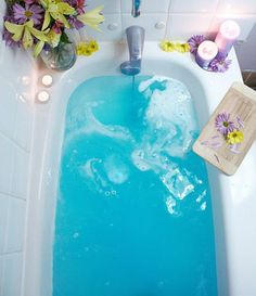 Bathe in creamy vanilla coconut waters with Bluegrass Oils' Tropical Lagoon bath bombs.