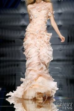 Zuhair Murad this looks like it could be a lot of fun to wear.