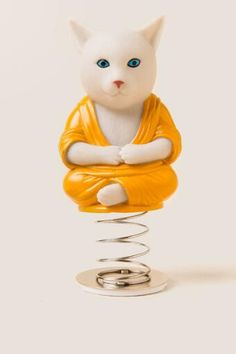 Dashboard Cat Buddha Bobble Doll