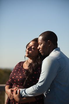 Love in the sunlight! #Cincinnati #engagement #weddingstyle