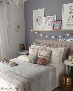 Pin on Louis mix Teen Bedroom Designs, Bedroom Decor For Teen Girls, Cute Bedroom Ideas, Cute Room Decor, Room Ideas Bedroom, Teen Room Decor, Small Room Bedroom, Aesthetic Room Decor, Stylish Bedroom