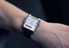 Martian watch lets you control your iPhone with voice commands and Siri