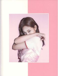 See scan photos from BLACKPINK Photobook Limited Edition and watch unboxing videos to see every details inside the photobook Blackpink Photos, Cover Photos, South Korea News, Jennie Kim Blackpink, Just The Way, Yg Entertainment, See Photo, Korean Girl Groups, Photo Book