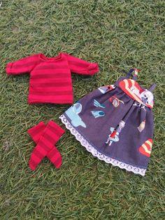 Dog dress for blythe doll -  vestido para muñeca blythe