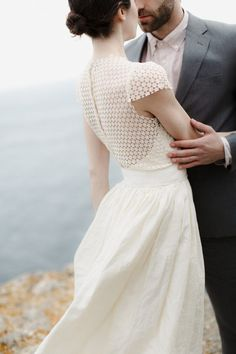 BRIDE'S DRESS: ANNA