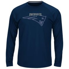 Men's Majestic New England Patriots Swift Pass Synthetic Tee $31.99