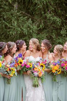 Plus Sized Wedding Dresses – LivingWedding Wedding Art, Wedding Blog, Floral Wedding, Summer Wedding, Wedding Bouquets, Wedding Flowers, Wedding Photos, Dream Wedding, Wildflowers Wedding