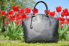 KateM -  Italian luxury, handmade and personalized handbags - www.monellivenezia.it
