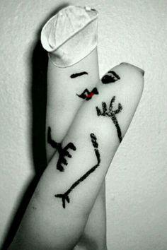 Finger art / The Famous Photo.